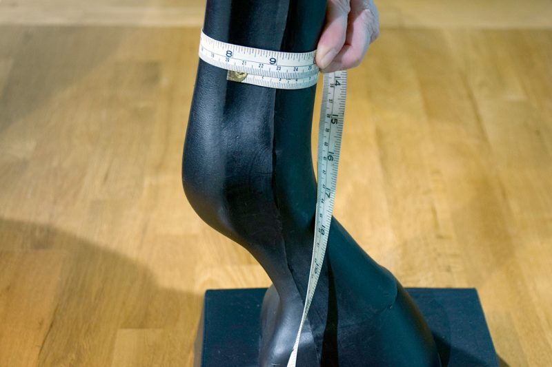 How to measure for magnetic stable boots to fit around your horse's cannon bone